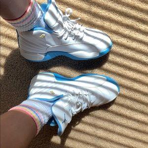 JORDAN 12s BLUE AND WHITE